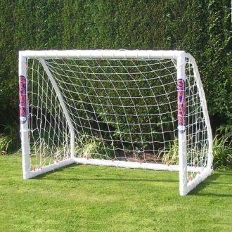 Samba 5 x 4 Match Goal Posts